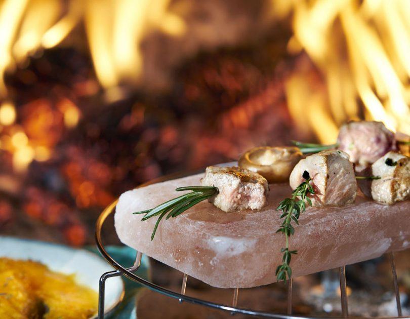 Brochetas de cerdo con puré de calabaza