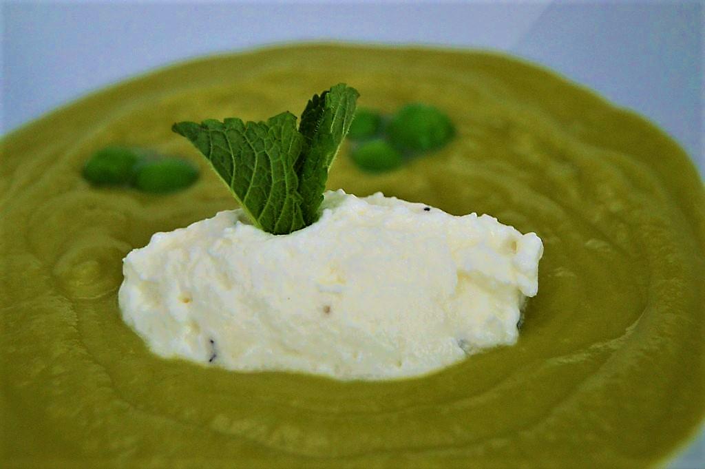 Crema de guisantes a la menta de Sesé San Martín - Escuela de cocina TELVA - Mis cinco tenedores