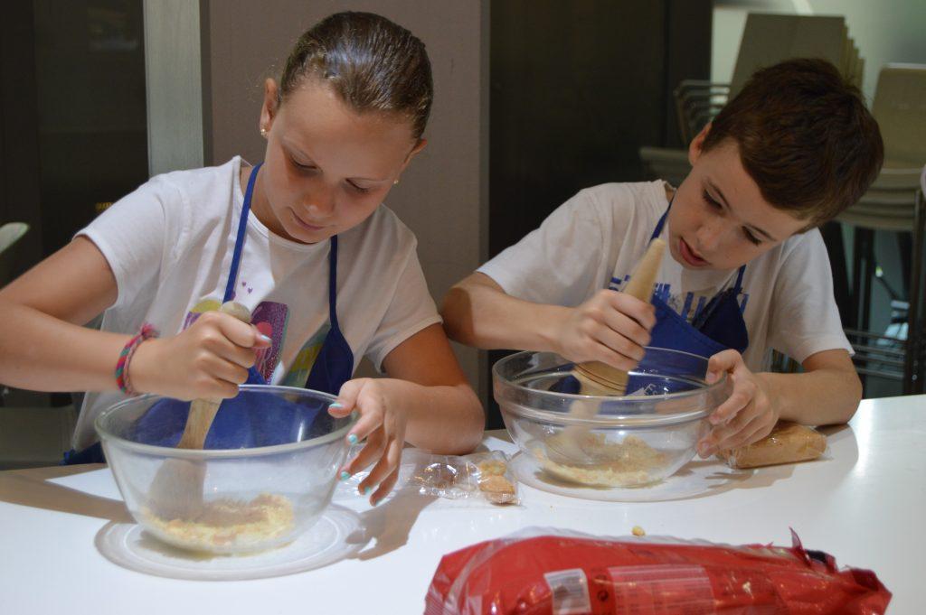 El mes de los ni os en la escuela de cocina telva - Curso de cocina madrid gratis ...