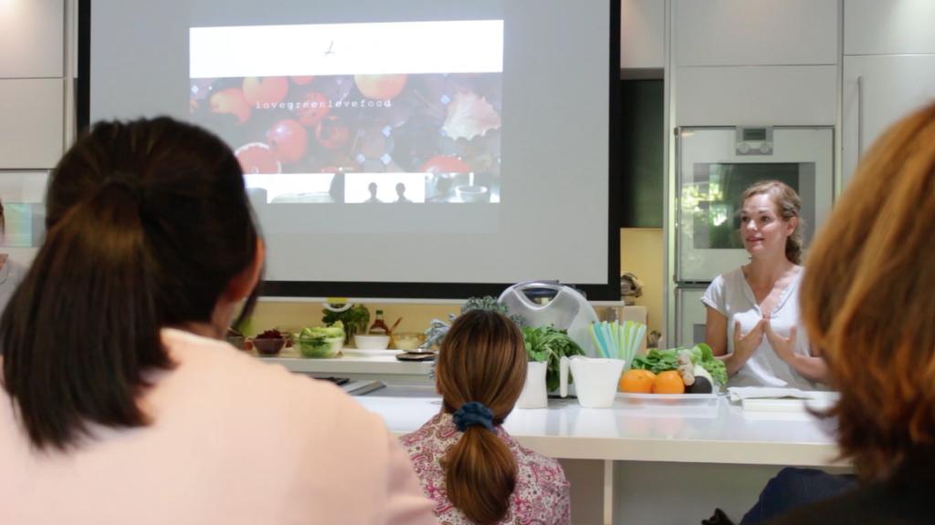 Alimentación saludable con Noelia y Alejandra de Love Green love food -30 años contigo - Escuela de cocina TELVA - Sesé San Martín