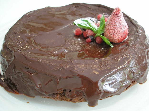 Curso-de-técnicas-de-iniciacion-de-la-Escuela-de-cocina-TELVA-Programa-tarta-fondant-de-chocolate