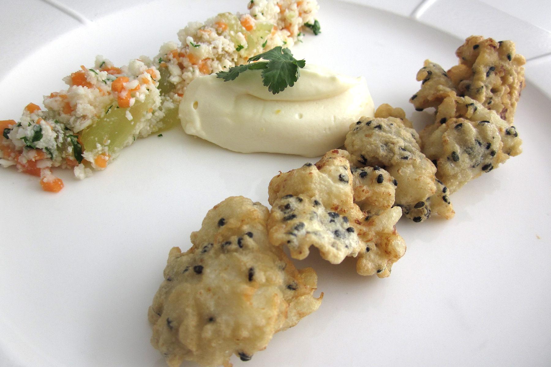 Curso de técnicas avanzadas de la Escuela de cocina TELVA - Programa - Buñuelos de coliflor