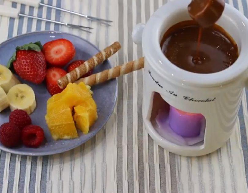 Fondue de caramelo y frutas