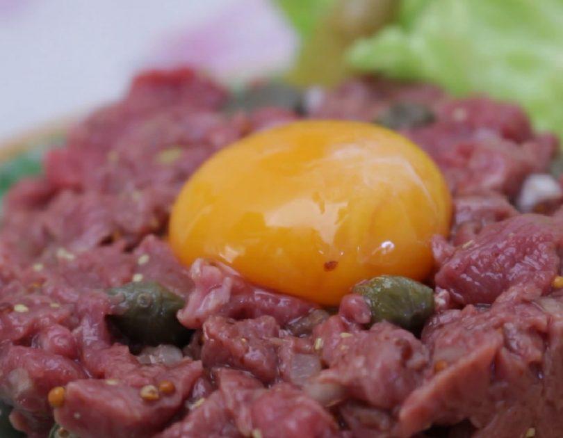 Steak tartar - Receta TELVA - Escuela de cocina TELVA - Recetas TELVA - Cocina TELVA - Recetas que salen
