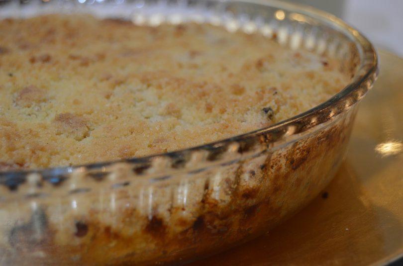 Crumble de manzana con biscuit de vainilla