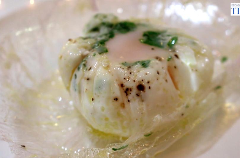 Como hacer un huevo escalfado expres Escuela de Cocina TELVA Recetas