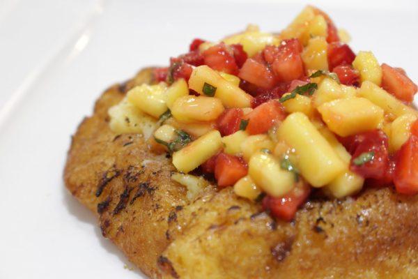 Torrija de brioche con tartar de frutas Escuela de Cocina TELVA
