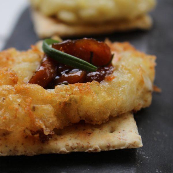 Leche frita de gorgonzola con mermelada de boletus escuela de cocina telva