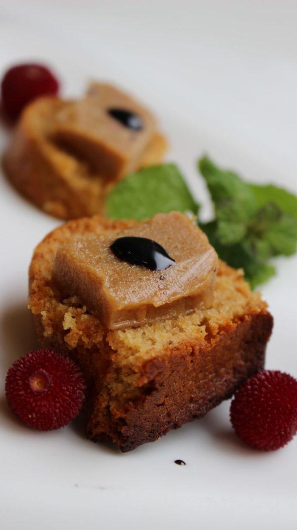 Turrón de foie y trufa blanca sobre pain d'epices ESCUELA DE COCINA TELVA
